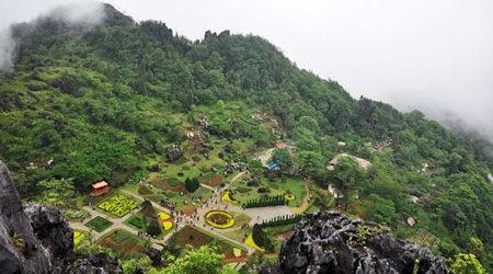 Núi Hàm Rồng, Sapa