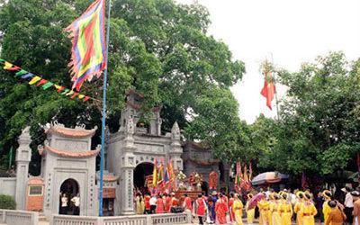 Tour Du Xuân: Hà Nội – Đền Mẫu- Chùa Chuông Hưng Yên – 1 Ngày